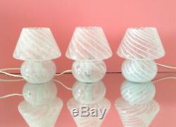 Lovely mushroom lamp with swirl MURANO glass lampade fungo vintage 70s U