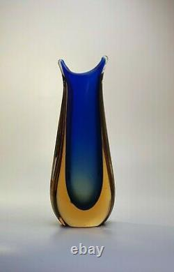 Stunning Vintage 60s Italian Murano Art Glass Fishtail Vase Rich Blue Sommerso