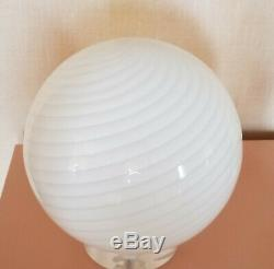 VINTAGE 70's MODERN VETRI MURANO SWIRL GLASS and LUCITE BASE GLOBE TABLE LAMP