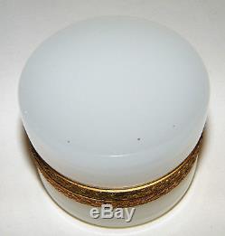 Vtg/Atq OPALINE FRATELLI FERRO MURANO White Glass Trinket Box/Casket ITALY Tag